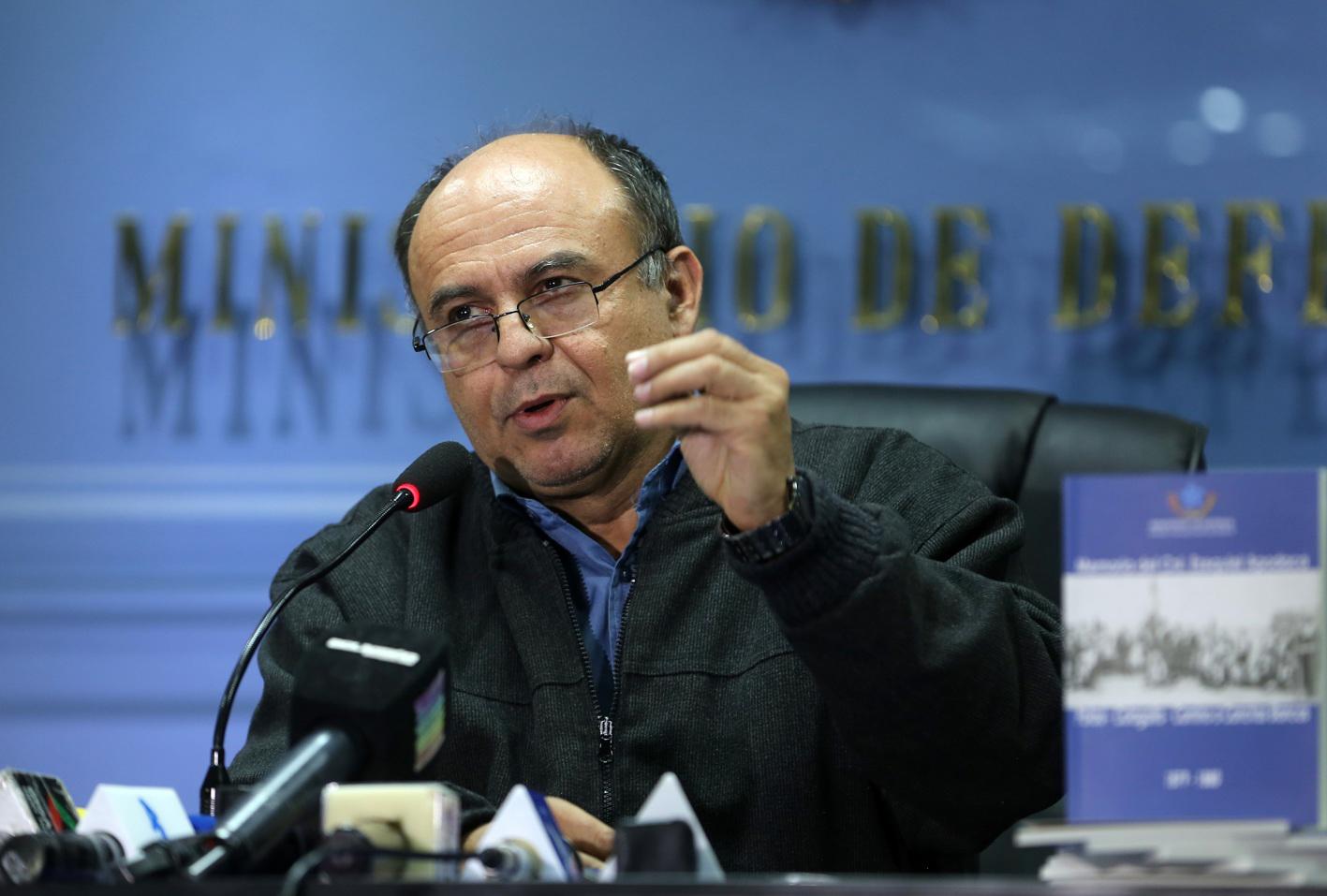 Reymi Ferreira, ministro de Defensa boliviano, dio un plazo de diez días a quien realizo estos señalamientos para que muestre evidencias de su denuncia.