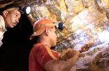Procesos de exploración en marcha podrían certificar las reservas de oro venezolanas en 7.000 toneladas.