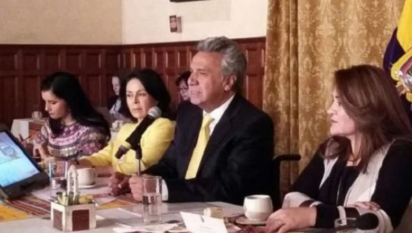 President Lenin Moreno met on Tuesday with about 50 representatives of women