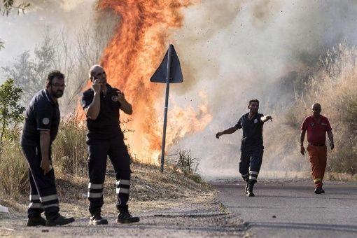 Resultado de imagen para Incendio forestal en Italia dejó dos muertos