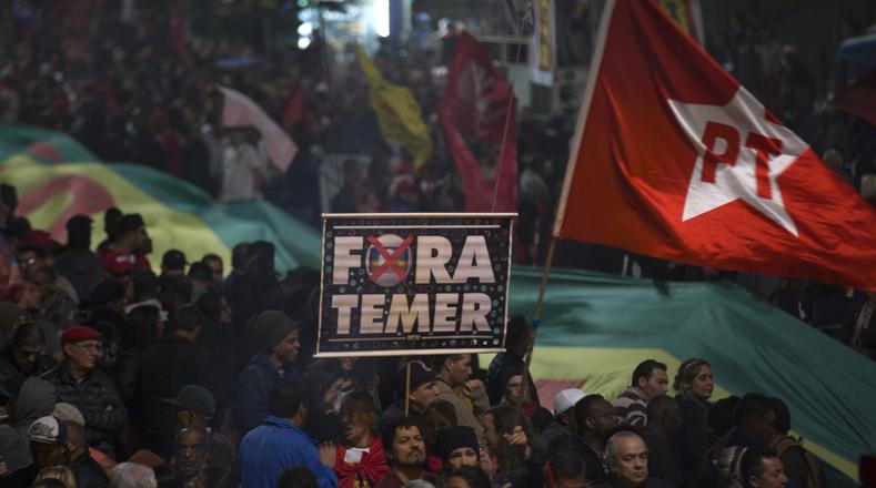 La presidenta constitucional de Brasil destituida en 2016, Dilma Rousseff, rechazó este jueves la orden del juez Sérgio Moro de bloquear los bienes del expresidente brasileño y reiteró que se trata de una persecución judicial.