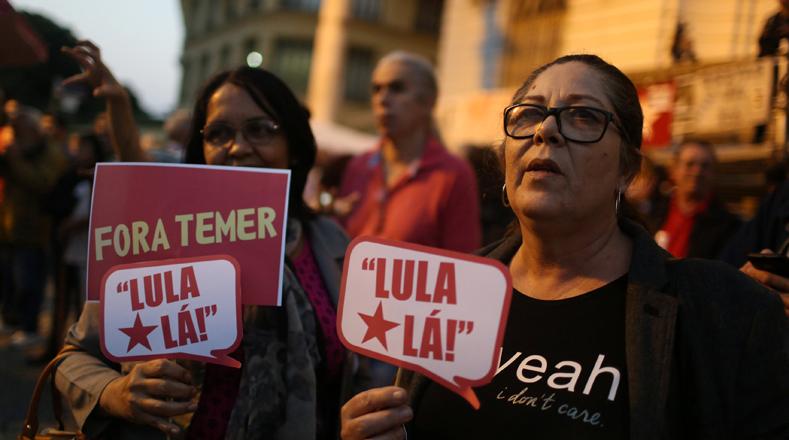 """""""Tengo una obsesión con volver para demostrar que es posible recuperar el país"""", dijo Lula en una entrevista. Reiteró que las acusaciones que pesan en su contra son ataques para perjudicar su carrera política porque """"no están acostumbrados a vivir en democracia""""."""