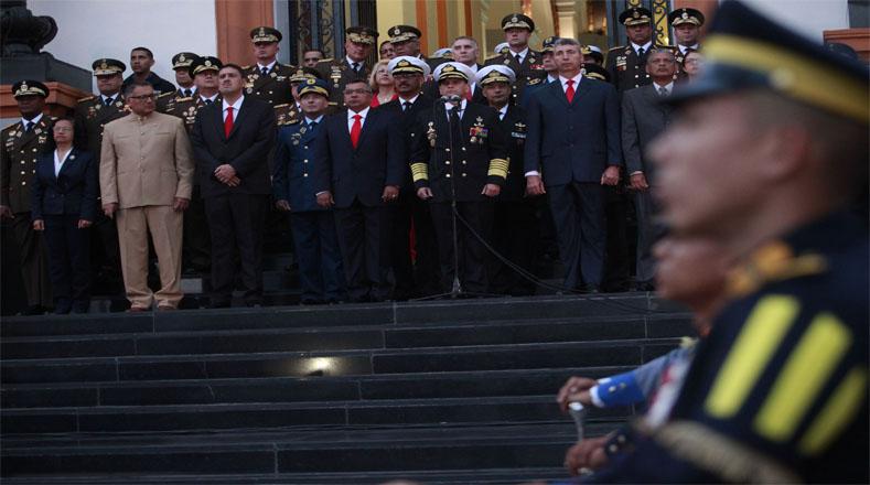 Honores al Libertador Simón Bolívar en el Panteón Nacional de Caracas.