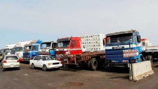 Blockades in different areas by truck drivers halted traffic in many areas of Brazil.