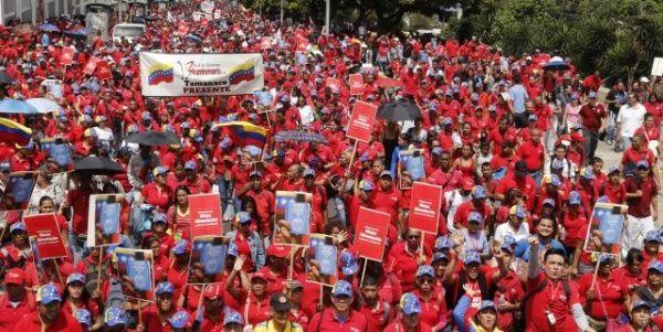 Venezolanos marchan este jueves junto a constituyentes