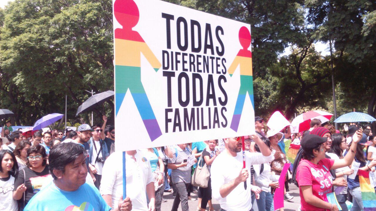 Aprueba matrimonio igualitario en Puebla, México | Noticias | teleSUR