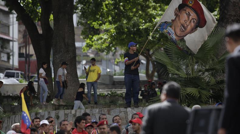 El pueblo venezolano también se movilizó hacia el Panteón Nacional para expresar su apoyo a la ANC.