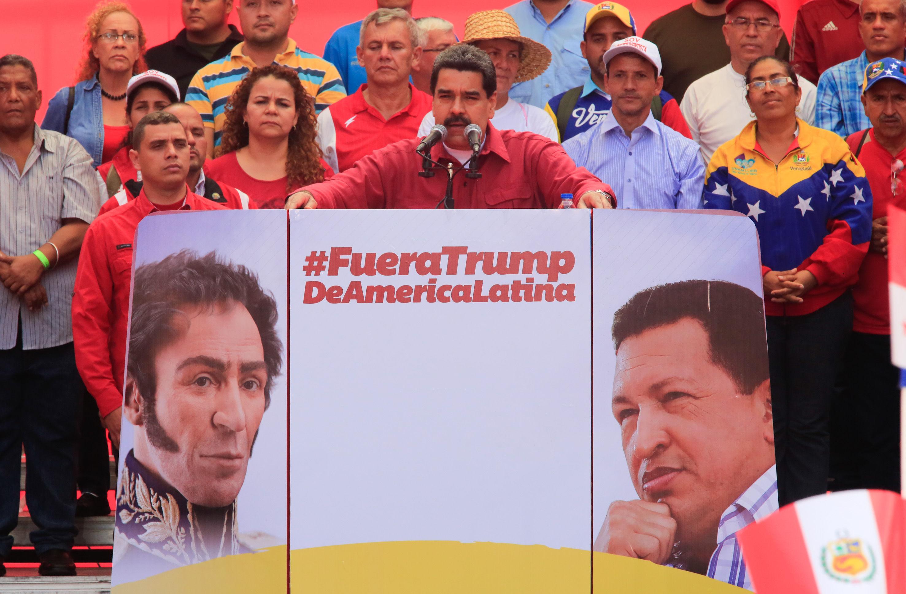 Destaca Maduro ejemplo de democracia de la  Revolución bolivariana