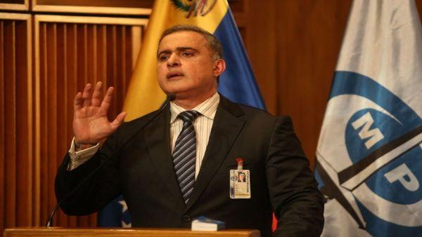 William Saab detalló que 14 funcionarios resultaron heridos en la toma del centro de detención.