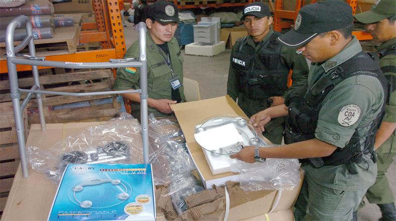 Aduana boliviana instala seguridad en la frontera con Chile