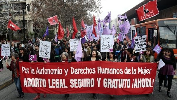 Social organizations protest against the criminalization of abortion in Chile.