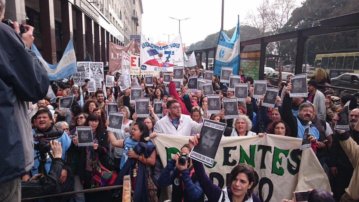 Sindicatos docentes realizan paro en Buenos Aires, Argentina
