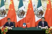 Mexican President Enrique Peña Nieto and Chinese President Xi Jinping (FILE).