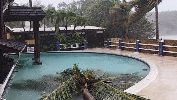 Hurricane Irma Slams Into Us Virgin Islands Leaving Four Dead After Hitting Turks And Caicos