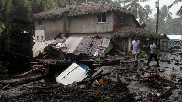 La Cruz Roja Internacional informó que más de un millón de personas se han visto afectadas por el paso del huracán.