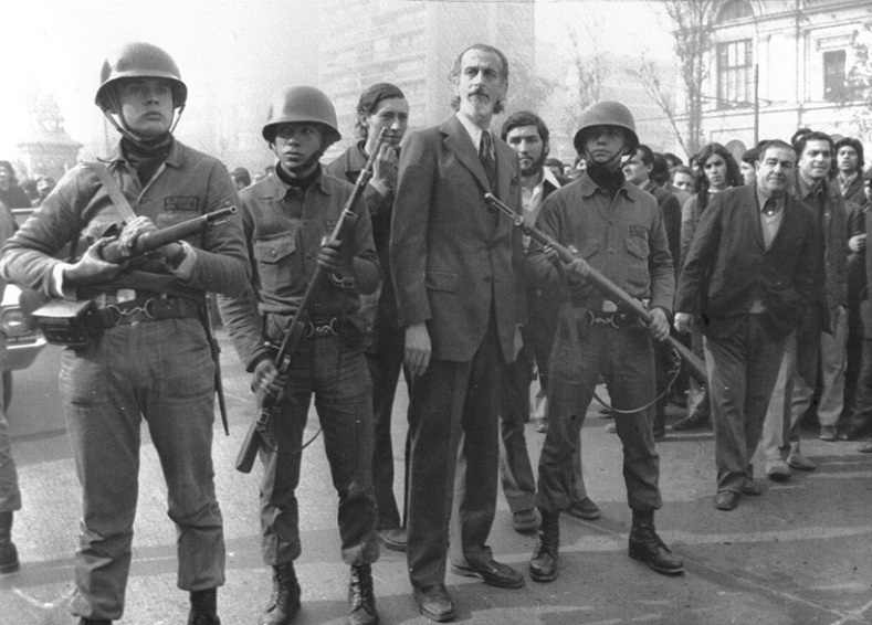 Troops loyal to President Allende defend the Minister of Defense outside the presidential palace, Sept. 11, 1973.