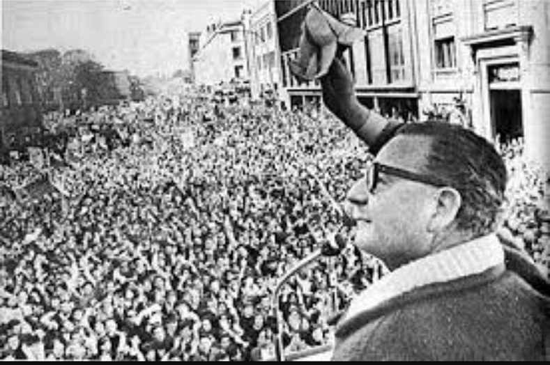 President Allende gives a speech after the electoral victory of the Popular Unity coalition on the balcony of the University of Chile Student Federation building, Sept. 5, 1970.