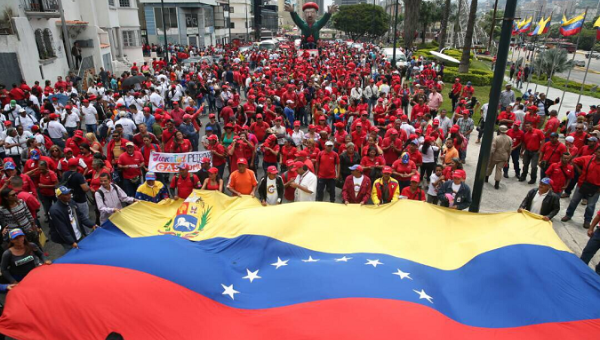 Large crowd gather in Caracas for an anti-imperialist mobilization against Trump threats and calls by the opposition for foreign intervention.