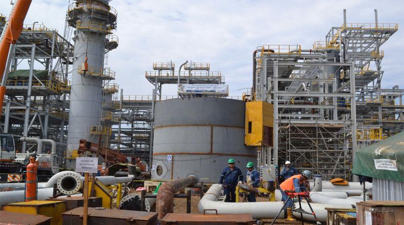 Evo Morales inaugura primera planta petroquímica en Bolivia