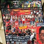 Filipinos Remember Martial Law Under Marcos While Resisting