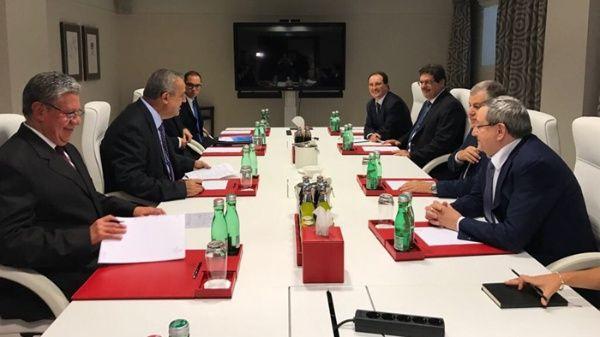 Losministros de Petróleo de Rusia, Kuwait, Nigeria y Argelia se reunieron con el secretario general de la OPEP.