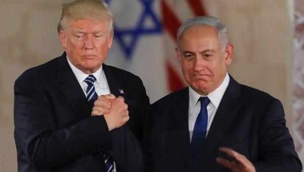 U.S. President Donald Trump (L) with Israeli Prime Minister Benjamin Netanyahu (R).