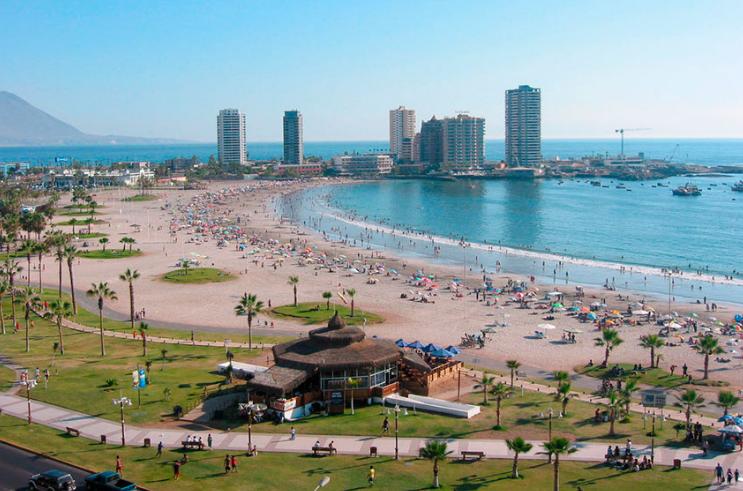 Chile prohíbe uso de bolsas plásticas en las costas del país