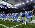 Football Players Stage Largest Protests for #TakeAKneeNFL