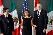 (L-R) Canada's Foreign Minister Chrystia Freeland, Mexico's Economy Minister Ildefonso Guajardo and U.S. Trade Representative Robert Lighthizer, Sept. 27, 2017
