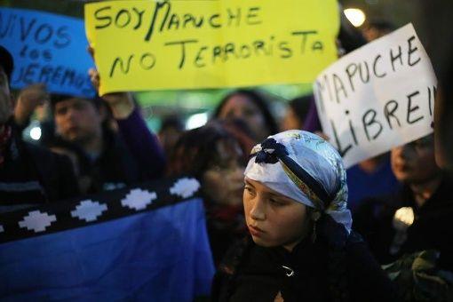 Varias marchas y manifestaciones se han realizado a lo largo del país exigiendo la liberación de los presos mapuche y el cese a la violencia policial contra ese pueblo.