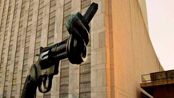 La Asamblea General declaróesta fecha como un día consagrado para el fortalecimiento de los ideales de paz.