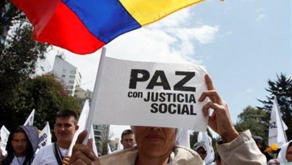 El pueblo colombiano llama al Gobierno a respetar el acuerdo de paz