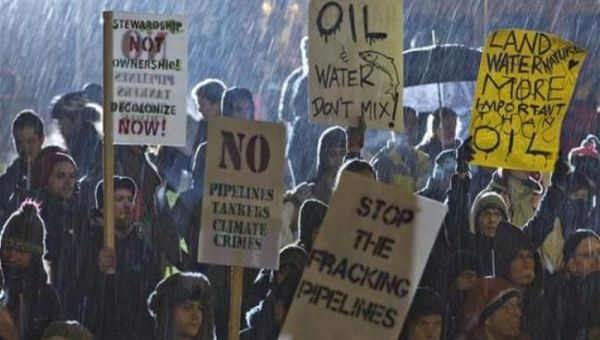 Demonstrations against the pipelines in Canada.