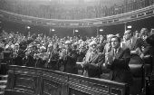 Members of the government applaud after the approval of the Amnesty Law in Madrid, in Oct. 1977.
