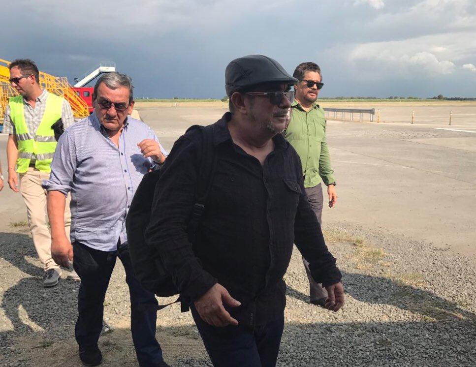 Integrantes de la FARC llegan a Ecuador para reunirse con ELN
