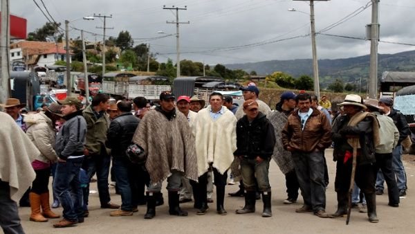 Las organizaciones sociales exigen al Gobierno colombiano que brinde garantías de vidas, integridad y políticas.