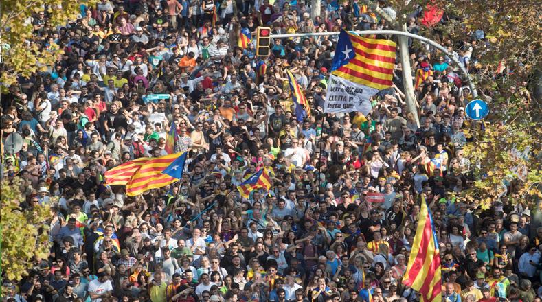 Los votos de Junts pel Sí (JxSí) y la CUP hicieron historia en esta nueva etapa de Cataluña como república independiente.