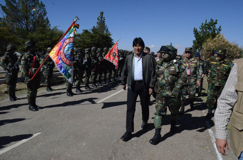 The ceremony marked a return to the values of indigenous guerrillas.