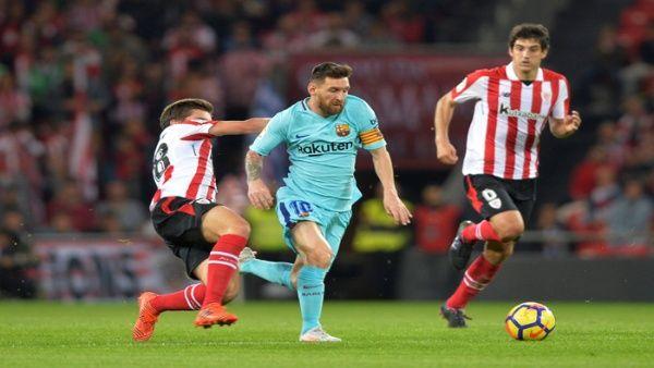Leo Messi marcó el primer gol del partido en la primera parte y propició el  segundo de Paulinho en el descuento.  23e895da9ce3a