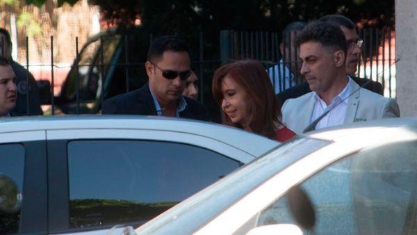 Resultado de imagen para Stella Calloni: contra Cristina hay una verdadera persecución