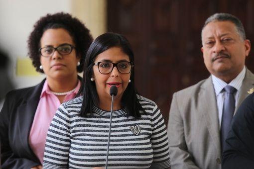 """Rodríguez señaló que las sanciones de EE.UU. """"demuestran el éxito popular constituyente""""."""