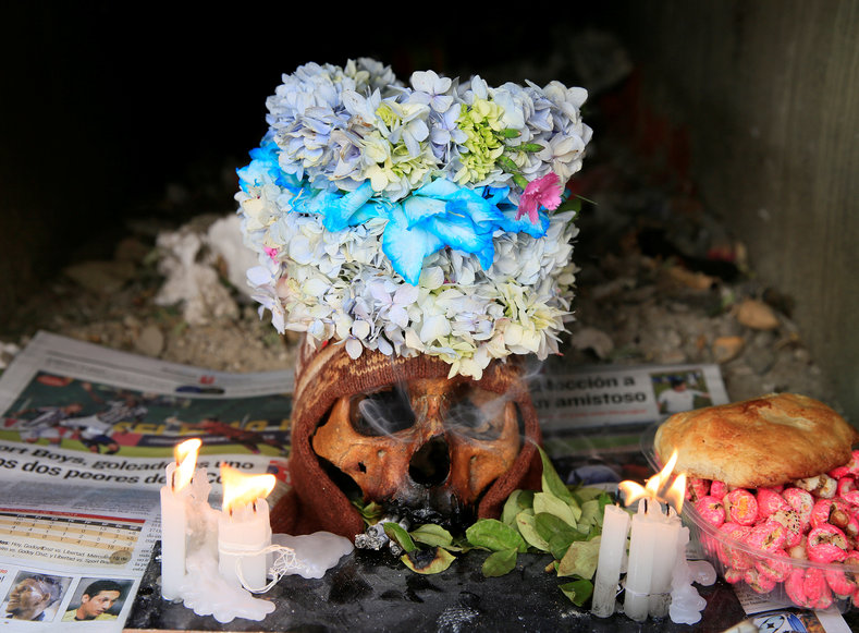 Skulls are often decorated as ornate bouquets of flowers, or sometimes dressed with hats, glasses, and cigarettes.