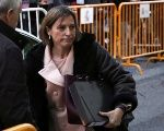 Catalonia's Parliamentary Speaker Carme Forcadell has been released on bail by Spain's Supreme Court.