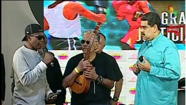 El vocalista Eduardo Martínez agradeció el apoyo del pueblo hondureño y de toda Latinoamérica.