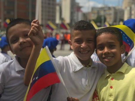 Celebran Bicentenario De Octava Estrella En Bandera Venezolana