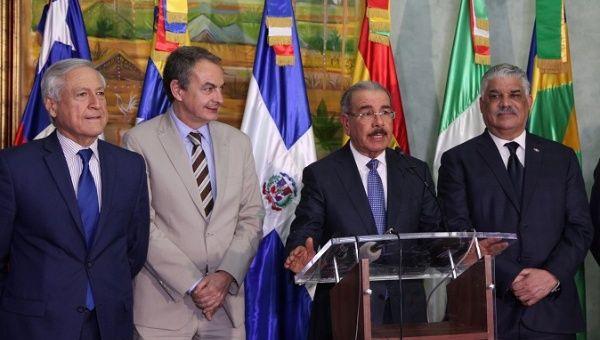 (L-R) Chilean Chancellor Heraldo Munoz, former Spanish Prime Minister Jose Luis Rodriguez Zapatero, Dominican Republic