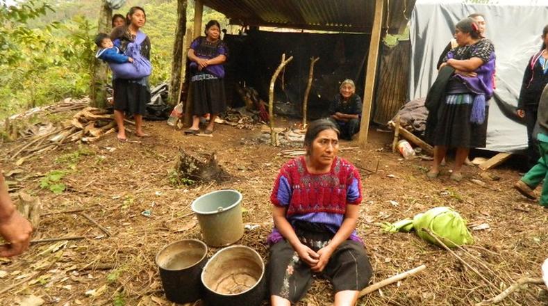 Las comunidades indígenas de Chenalhó aseguraron que no desbloquearán la entrada a Chalchihuitán hasta que el Gobierno federal y estatal solvente el conflicto en ambos municipios.