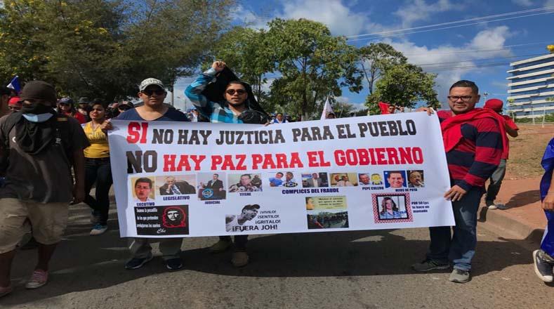 Las movilizaciones fueron convocadas por el partido Alianza de Oposición contra la Dictadura en todo el el país.