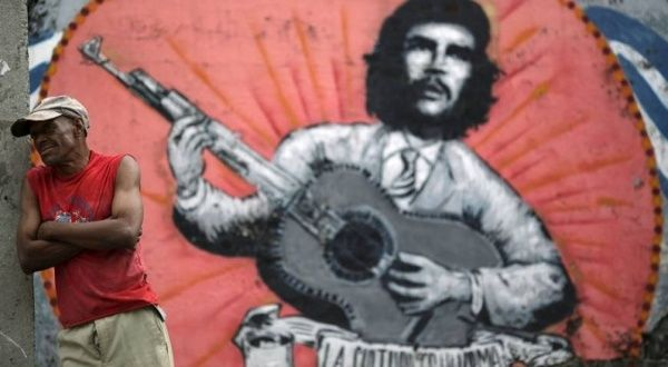 """an analysis of revolutionary hero ernesto che guevara He became known as ernesto che guevara both in cuba and throughout the   then 1 read him a spanish translation ol the description of this """"peru- vian  he  dedicated it to another hero of the cuban revolution, camilo cienfuegos."""