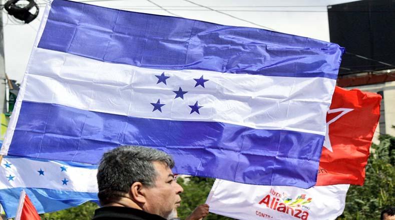 La movilización fue convocada por el partido Alianza de Oposición contra la Dictadura.